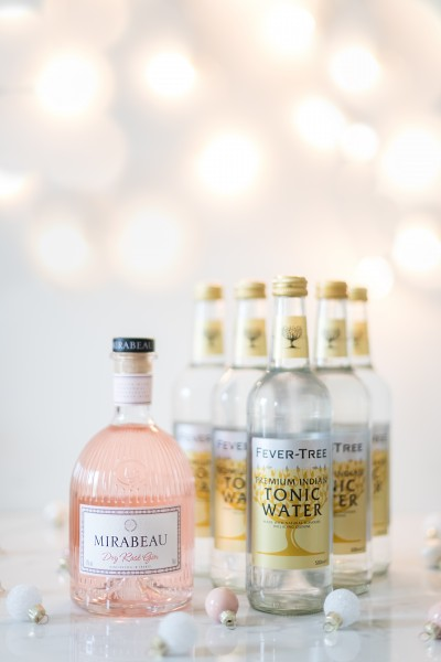 1 x Mirabeau Dry Gin (0,7 L) + 5 x Fever Tree Premium Indian Tonic Water (0,5L)